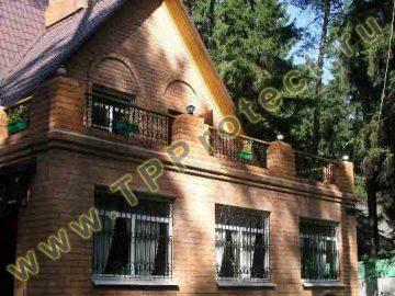 Балкон в загородном доме